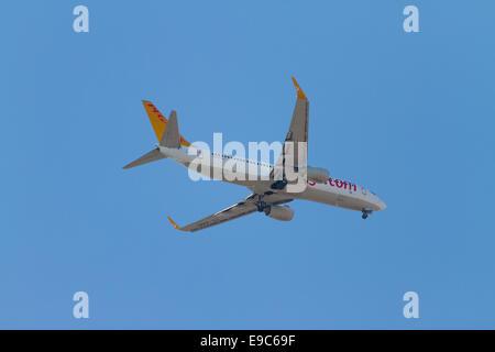 ISTANBUL, TURKEY - JULY 13, 2014: Pegasus Airlines Boeing 737-800 landing to Sabiha Gokcen Airport. Pegasus is the - Stock Photo