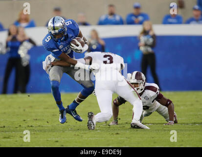 Oct. 25, 2014 - Lexington, Ky, US - Kentucky's Demarco Robinson (9) was tackled by Jay Hughes (3) in the fourth - Stock Photo