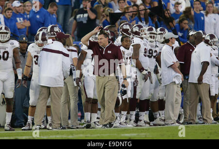 Oct. 25, 2014 - Lexington, Ky, US - Mississippi State head coach Dan Mullen walked the sideline in the fourth quarter - Stock Photo