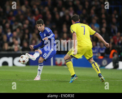 London, UK. 21st Oct, 2014. Chelsea's Oscar in action.- UEFA Champions League - Chelsea vs NK Maribor - Stamford - Stock Photo