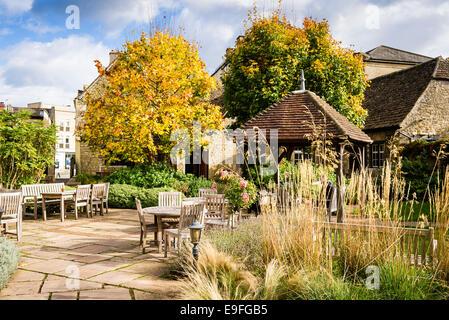 Angel Hotel garden in Chippenham Wilts UK - Stock Photo