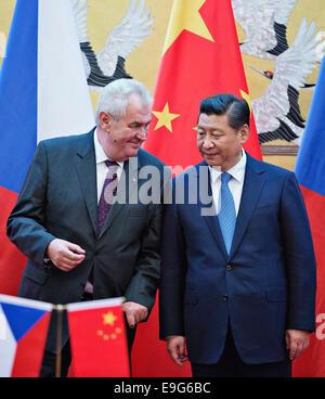 Beijing, China. 27th October, 2014. Czech Republic's President Milos Zeman, left, talks with Chinese President Xi - Stock Photo