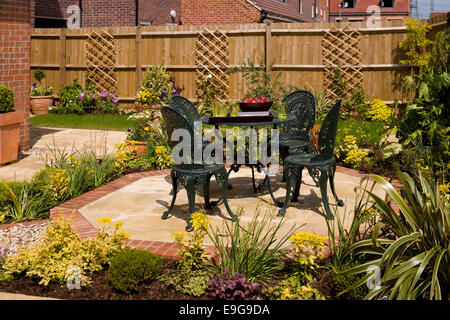 Garden furniture in Mews Style Houses, Misterton and Retford, Nottinghamshire, UK - Stock Photo