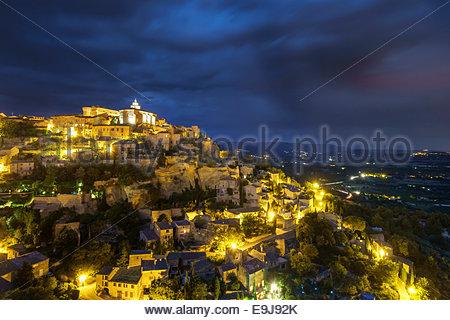 Hilltop town of Gordes at night, Vaucluse, Provence-Alpes-Côte d'Azur, France - Stock Photo