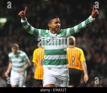 Glasgow, Scotland. 29th Oct, 2014. Scottish League Cup. Celtic versus Partick Thistle. Emilio Izaguirre celebrates - Stock Photo