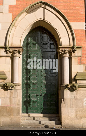 Magistrates' entrance door, Minshull Street Crown Court building. Grade II* listed. Minshull Street, Manchester, - Stock Photo