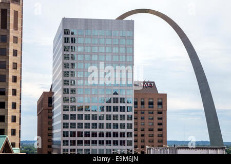 St. Louis Missouri Saint downtown office building Gateway Arch memorial catenary Hyatt hotel - Stock Photo