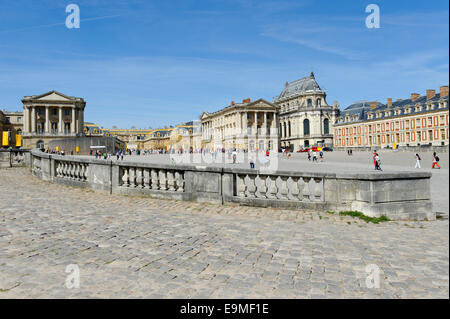 Marble courtyard with Cour Royale court and Cour des Ministres court, north side, Chateau de Versailles - Stock Photo