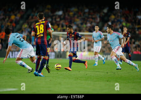 Barcelona, Spain. 1st Nov, 2014. Neymar (C) of Barcelona competes during the Spanish first division soccer match - Stock Photo