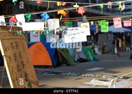 Pro-Democracy Student Camp. Hennessy Road, Causeway Bay, Hong Kong. - Stock Photo