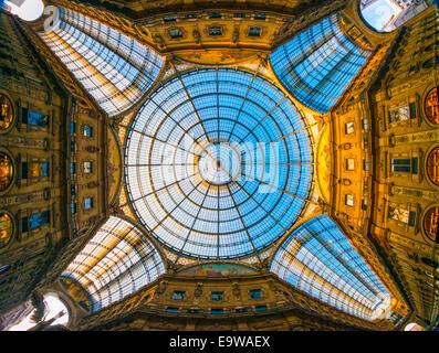 Vittorio Emanuele gallery, Milan, Italy - Stock Photo