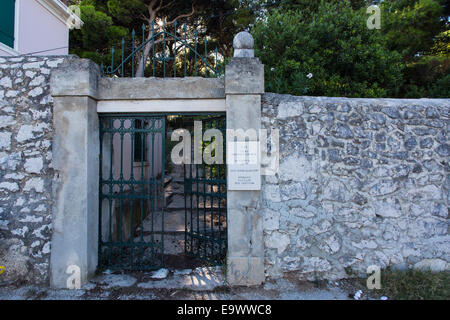 Entrance to the old Jewish Cemetery in the Varos hills surrounding Split, Croatia. - Stock Photo