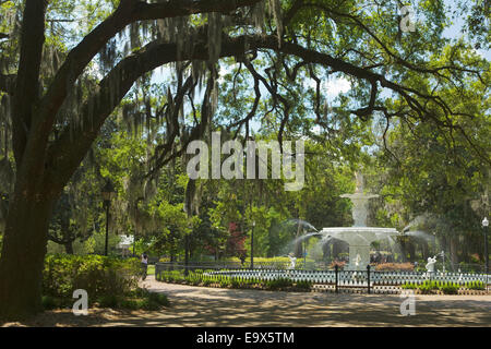 FOUNTAIN FORSYTH PARK SAVANNAH GEORGIA USA - Stock Photo
