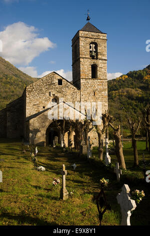 Sant Feliu de Barruera romanesque church. Vall de Boi, Lleida, Catalonia, Spain. San Felix de Barruera. - Stock Photo