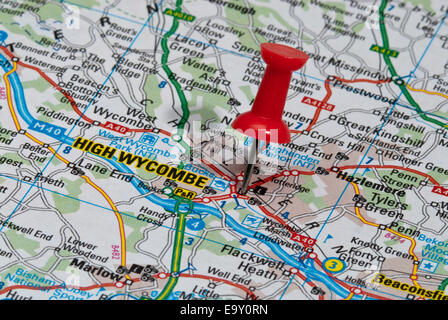red map pin in road map pointing to city of High Wycombe - Stock Photo