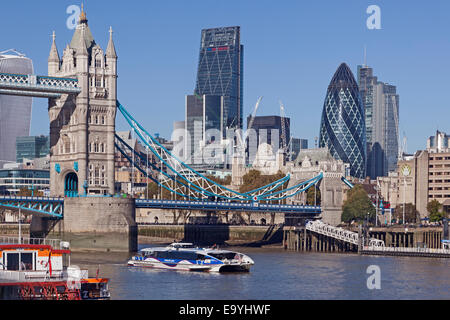 The view from Shad Thames Bermondsey, looking towards the City of London - Stock Photo