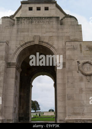 Entrance arch Cabaret-Rouge British War cemetery Souchez France EU - Stock Photo