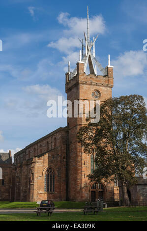 St. Micheals Church, with its Crown Steeple, Linlithgow Palace precinct, Linlithgow, Scotland, United Kingdom, Europe - Stock Photo