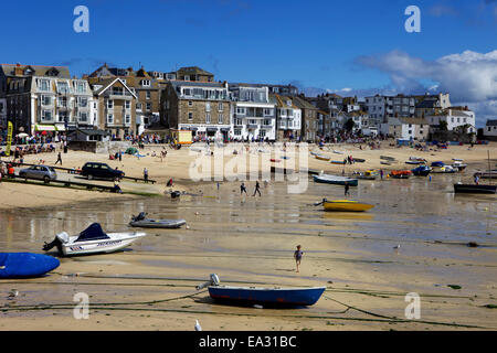 Boats in St. Ives harbour at low tide, St. Ives, Cornwall, England, United Kingdom, Europe - Stock Photo