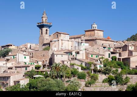 Valldemossa (Valldemosa) with parish church Sant Bartomeu, Majorca (Mallorca), Balearic Islands, Spain, Mediterranean, - Stock Photo