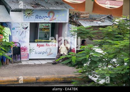 Aguas Frescas stand at the Mercado Principal, Campeche, Mexico - Stock Photo