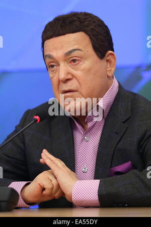 Moscow, Russia. 6th Nov, 2014. Russian State Duma member, singer Iosif Kobzon speaks at a press conference about - Stock Photo