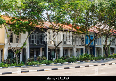 Terraced colourful shophouses along Neil Rd in Singapore - Stock Photo