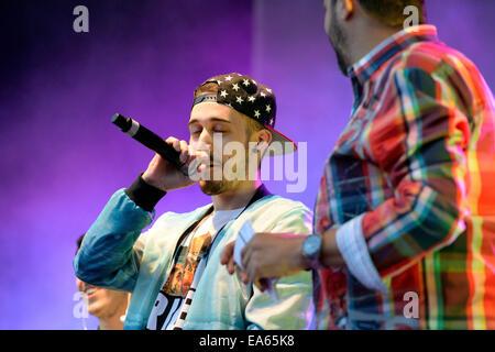 BARCELONA - MAY 23: Critika & Saik (Spanish hip hop band) at Primavera Pop Festival by Los 40 Principales. - Stock Photo
