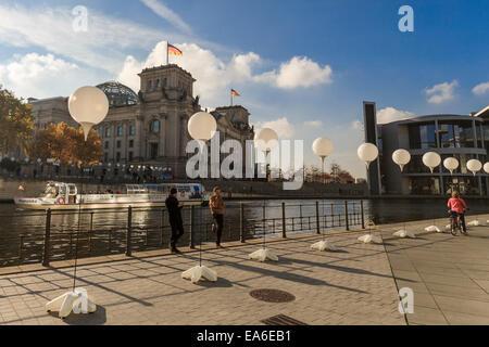 Berlin, Germany. 07th Nov, 2014. For the Celebration of 25 Years of the Down of the Berlin Wall is Berlin almost - Stock Photo