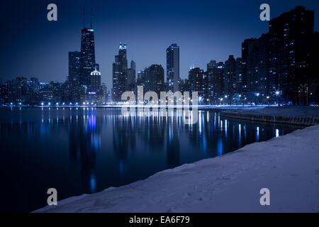 USA, Illinois, Chicago, Skyline seen from North Avenue Beach - Stock Photo