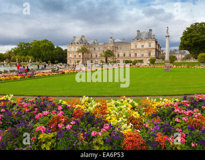 Paris, France - August 10, 2014: Luxembourg Garden, with Luxembourg Palace facade, Paris - Stock Photo
