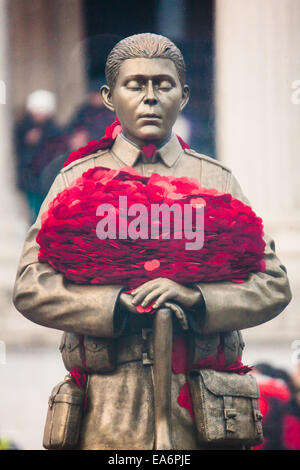 Trafalgar Square, London, UK. 7th November, 2014. The Royal British Legion unveiled the Every Man Remembered sculpture - Stock Photo