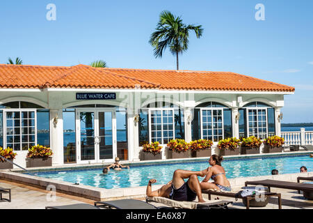 ... Miami Florida Intercontinental hotel swimming pool area lounge chairs Blue Water Cafe - Stock Photo & Miami Florida Intercontinental hotel swimming pool area lounge ...