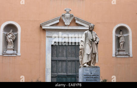 Nicola Pisano statue in Pisa, Tuscany, Italy. He was an Italian sculptor whose work is noted for its classical Roman - Stock Photo