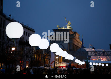 Berlin, Germany. 09th Nov, 2014. 25th anniversary of German reunification on November 9th, 2014 in Berlin, Germany. - Stock Photo