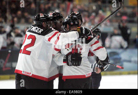 Munich, Bavaria, Germany. 9th Nov, 2014. joy of the Canadian player after the 3:2.Ice Hockey Deutschland Cup, team - Stock Photo