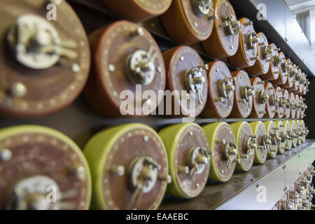 Rebuild of Turing Bombe at Bletchley Park, used to help decipher WWII German-Enigma-Machine-encrypted secret messages. - Stock Photo