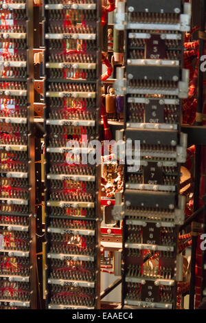 Rebuild of Turing Bombe at Bletchley Park, used to help decipher WWII German-Enigma-Machine-encrypted secret messages - Stock Photo