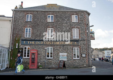 The Old Custom House in Padstow Cornwall - Stock Photo