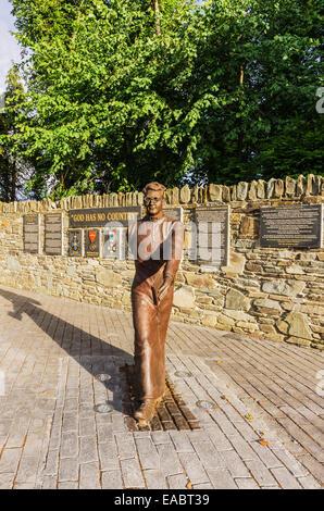 Ireland Province Munster County Kerry Killarney Memorial and statue of Hugh O'Flaherty - Stock Photo