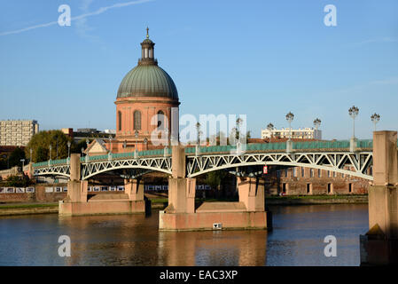 The Landmark Dome of Saint Joseph's Chapel & the Saint Pierre Bridge, or Pont Saint-Pierre, over the River Garonne - Stock Photo