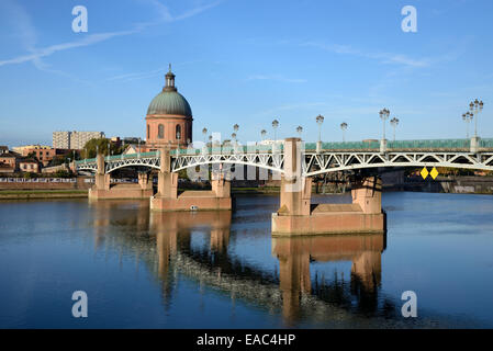 St Pierre Bridge or Pont Saint Pierre & Dome of St Joseph's Chapel & the Garonne River Toulouse France - Stock Photo