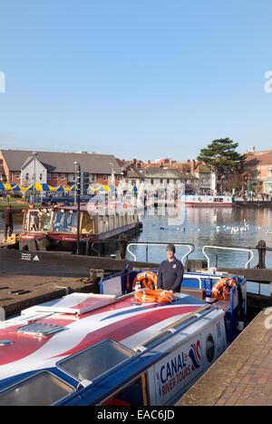 Narrow boats in the Canal Basin, Stratford upon Avon, Warwickshire, England UK - Stock Photo