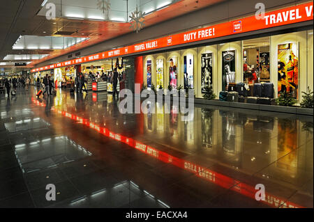 duty free shop munich airport germany stock photo 23444229 alamy. Black Bedroom Furniture Sets. Home Design Ideas