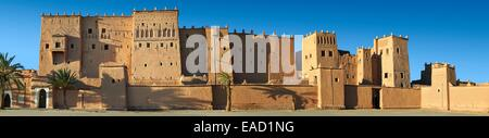 Mud brick Kasbah of Taourirt, UNESCO World Heritage Site, Ouarzazate, Ouarzazate Province, Morocco - Stock Photo