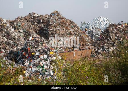 Scrap metal recycling EMR company, Swindon, England, UK - Stock Photo