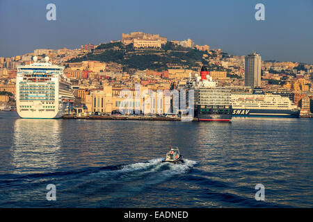 Cruise ships in the port of Naples - Stock Photo