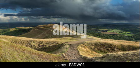 A footpath leading from British Camp towards Millenium Hill part of the Malvern Hills, Herefordshire. - Stock Photo