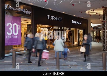 Up to 30% Thirty percent discounts on everything at TopShop & TopMan department store in Liverpool, Merseyside, - Stock Photo