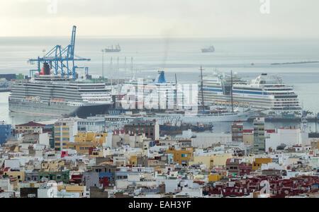 Cruise ship aida blu las palmas stock photo royalty free - Gran canaria weather november ...